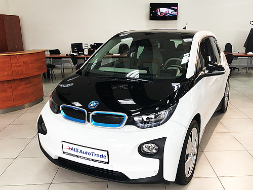 В Украине уже начали снижать цены на электромобили - электромобил