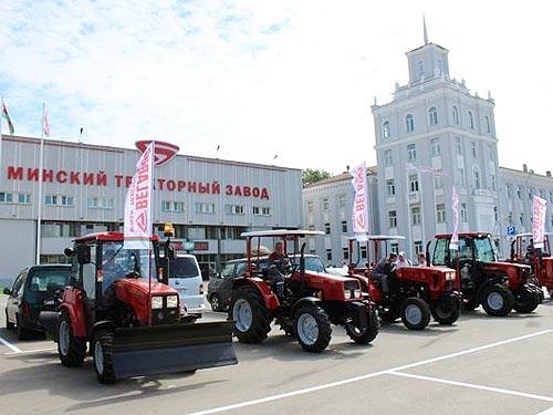Еще один крупный автотрейдер масштабно занялся тракторами