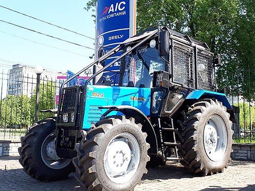 В Украине появились трактора BELARUS в специальной комплектации - BELARUS