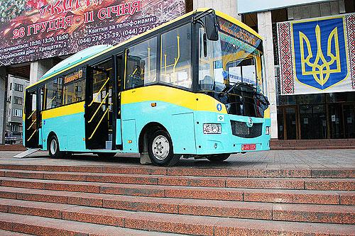 """Большинство автобусов корпарация """"Эталон"""" будет выпускать с агрегатами Ashok Leyland Евро-5 - Эталон"""