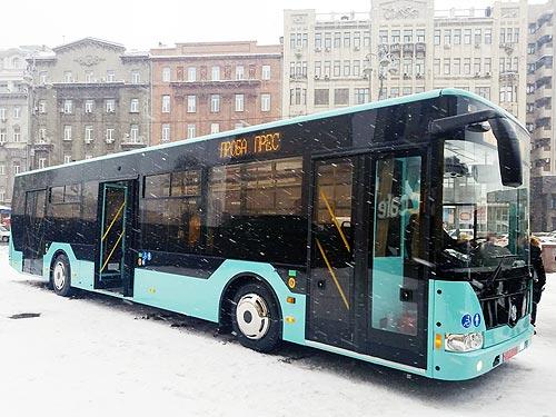 В Украине появился еще один производитель низкопольных 12-метровых автобусов