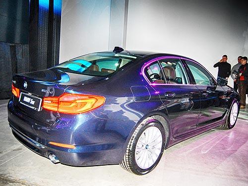 В Украине представили новое поколение BMW 5 серии