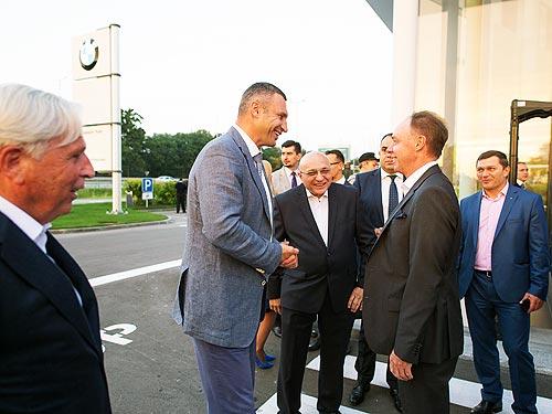 В Украине открылся крупнейший в Восточной Европе центр BMW - BMW