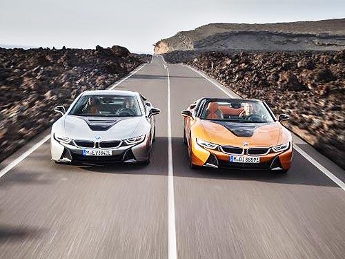 Новый BMW i8 теперь представлен в кузовах родстер и купе - BMW