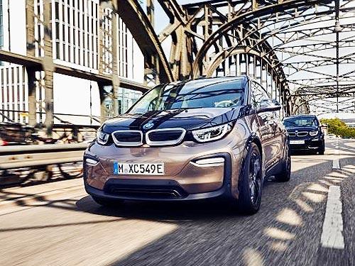 Инвестиция в будущее. Электрические BMW i3 предлагаются по специальным ценам