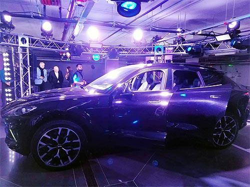 В Украине дебютировал первый кроссовер от Aston Martin. Известны и цены - Aston Martin