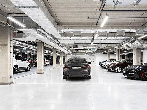 В Украине открыли первый шоу-рум сертифицированных автомобилей с пробегом BMW Premium Selection - BMW