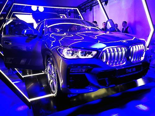 Модная штучка. В Украине представили новый THE BMW X6