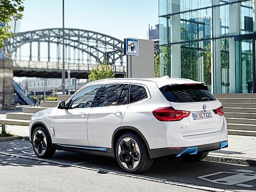 Выпущен первый полностью электрический BMW iX3