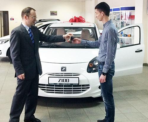 Кто выиграл Zotye Z100 в конкурсе Авто года. Фото - Zotye