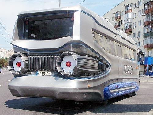 Из украинского автобуса АТАМАН А096 сделали реактивный лайнер - АТАМАН