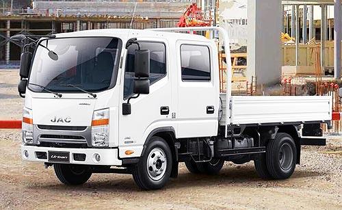 В Украину активизируют поставки грузовиков JAC N56 Double Cab с двухрядной кабиной