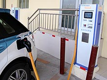 Без капли топлива: электромобиль BYD E6 - BYD