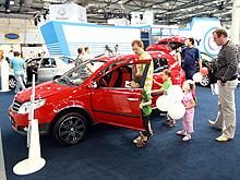 Продажи китайских авто падают в Украине и России