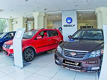 ������ Geely ����� � ������� �� 10 000 ���.