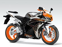 В Украине на 15% снижены цены на спортивные мотоциклы Honda - Honda