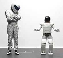 Робот ASIMO от Honda принял участие в программе Top Gear