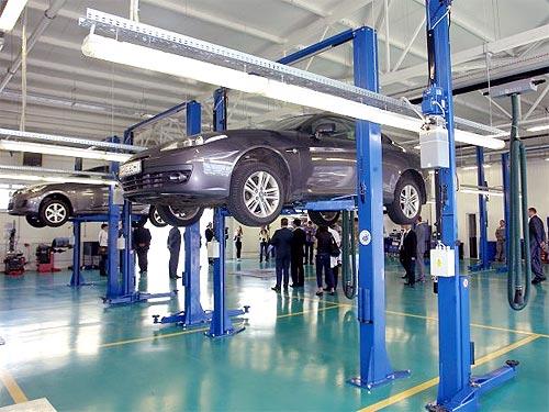 Буду ли автодилеры в 2017 году увеличивать число автосалонов? - автодилер
