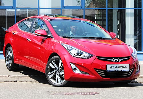 Рестайлинговая Hyundai Elantra уже доступна в автоцентре Hyundai на Подоле - Hyundai