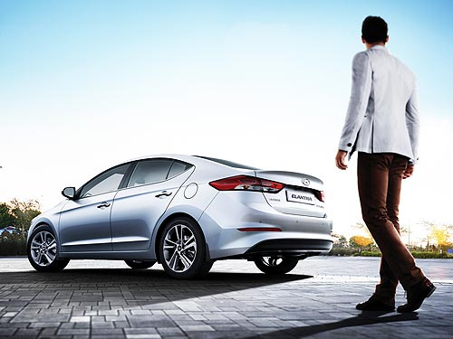 На Hyundai Elantra действуют новые выгодные цены - Hyundai