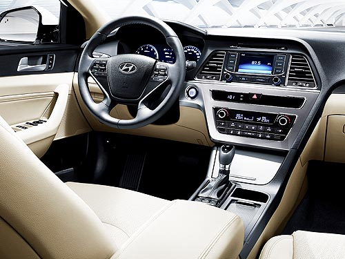 В феврале на седан бизнес-класса Hyundai Sonata действуют выгодные условия - Hyundai