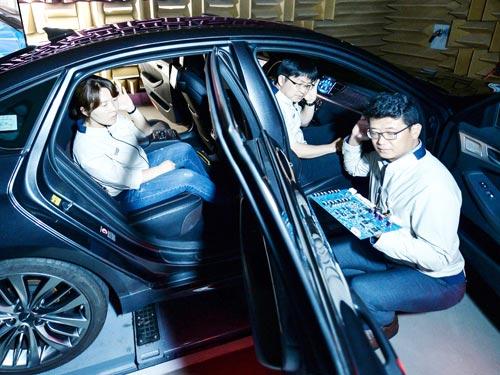 В автомобилях Hyundai каждый пассажир сможет слушать свою музыку