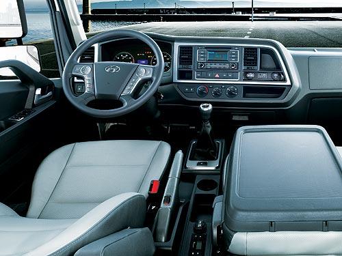 В Украине стартуют продажи нового 10-тонного грузовика Hyundai ЕХ10 (Mighty) - Hyundai