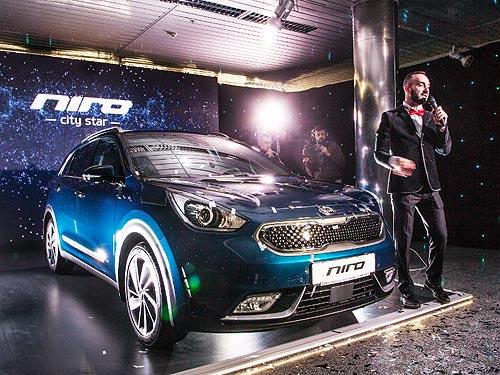 Kia Niro назвали лучшим в Украине в категории «Электромобили и гибриды» - Kia
