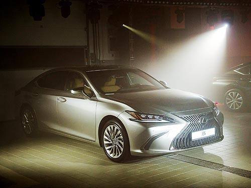 В Одессе открыли новый дилерский центр Lexus и представили Lexus ES