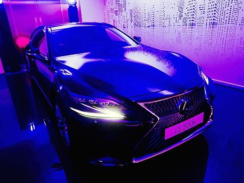 Во Львове открылся обновленный дилерский центр Lexus