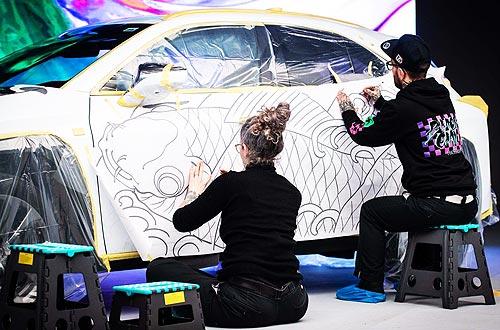 Lexus представил «татуированный» автомобиль - Lexus
