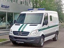 В Украине представили бронированный автомобиль Mercedes-Benz Sprinter для инкассаторских перевозок - Mercedes-Benz