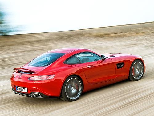 В Украине представили спорткар Mercedes-Benz AMG GT S