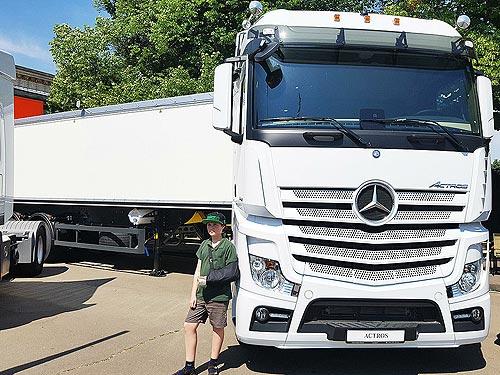 Разумные инвестиции: какие новинки представил Mercedes-Benz для аграриев - Mercedes-Benz