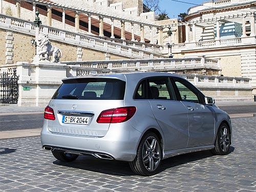 Чем покоряют покупателей компактные модели Mercedes-Benz - Mercedes-Benz