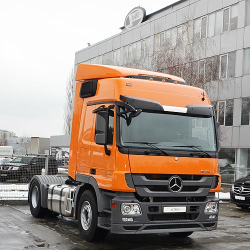 Fozzy Group закупила крупную партию грузовиков Mercedes-Benz Actros