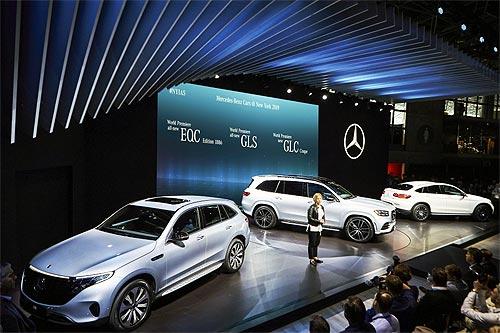 Mercedes-Benz представил сразу несколько ярких новинок