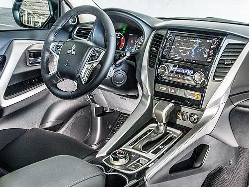 Первое знакомство с новым Mitsubishi Pajero Sport. Третий – лучший