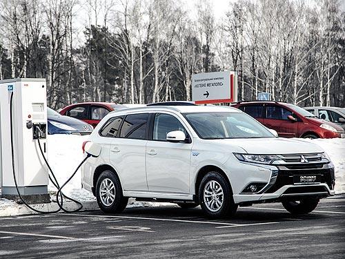 Mitsubishi строит сеть быстрых зарядных станций в Украине - Mitsubishi
