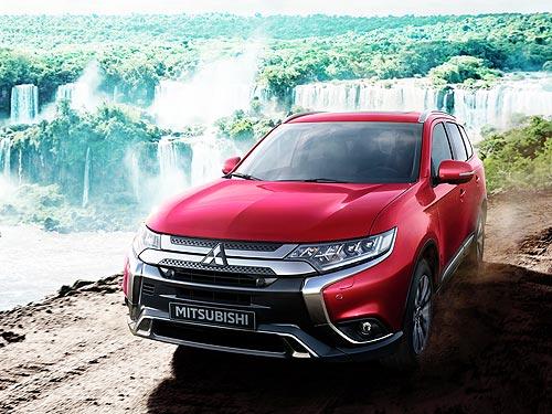 В Украине стартуют продажи 7-местной версии Mitsubishi Outlander