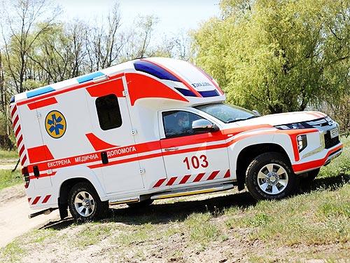 На базе Mitsubishi L200 создали автомобиль экстренной медицинской помощи Reform Infina - Mitsubishi