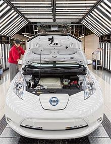 Завод Nissan в Великобритании отмечает 30-летие - Nissan