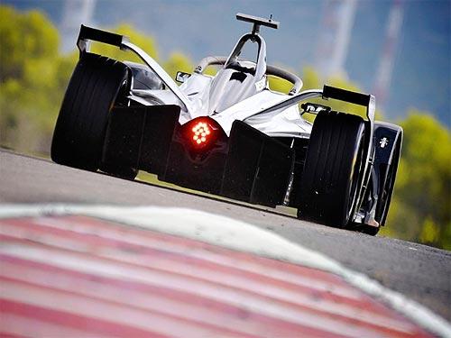 Nissan официально дебютирует в чемпионате Формулы E