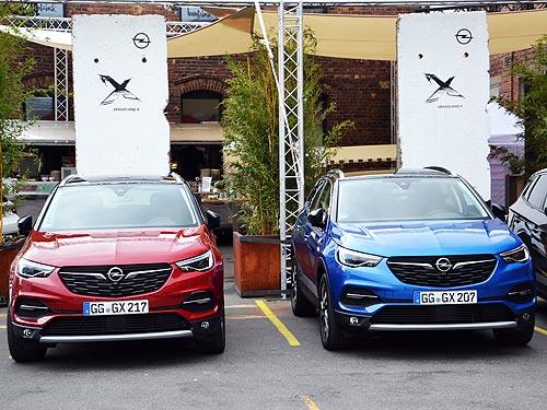 Первое знакомство с кроссовером Opel Grandland X. Внебрачные тайны «Опеля» - Opel