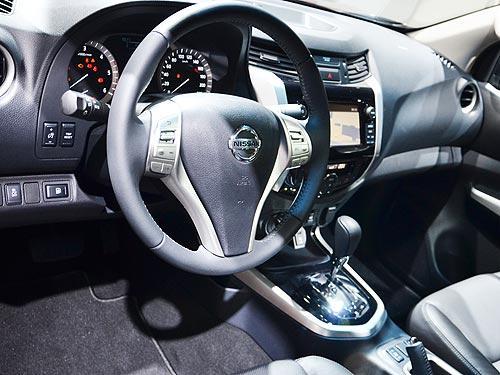 Nissan показал во Франкфурте будущий Juke и новую Navara