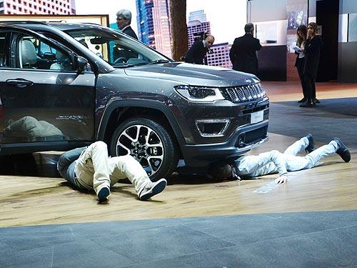 Главные премьеры кроссоверов на Geneva Motor Show 2017 - кроссовер