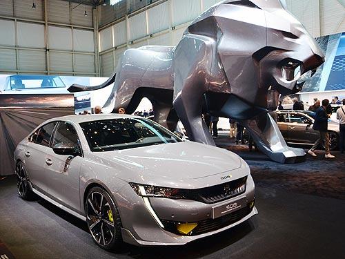Саблезубые львы. Все новинки Peugeot на автосалоне в Женеве