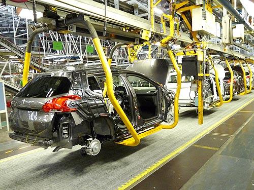 Как делают европейский хит продаж - кроссовер Peugeot 2008. Репортаж с завода