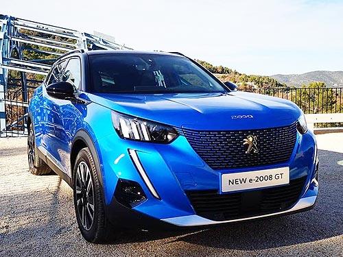 Чем будет удивлять вторая генерация Peugeot 2008. Первые впечатления