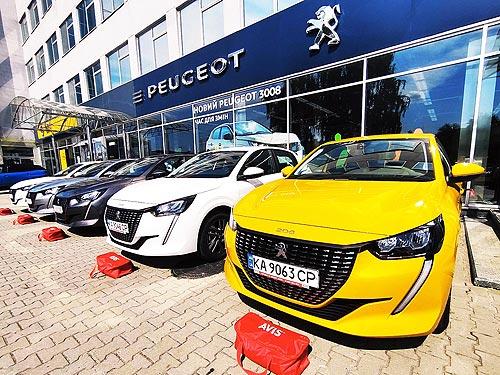 У нового PEUGEOT 208 закрыта первая корпоративная продажа в Украине - PEUGEOT